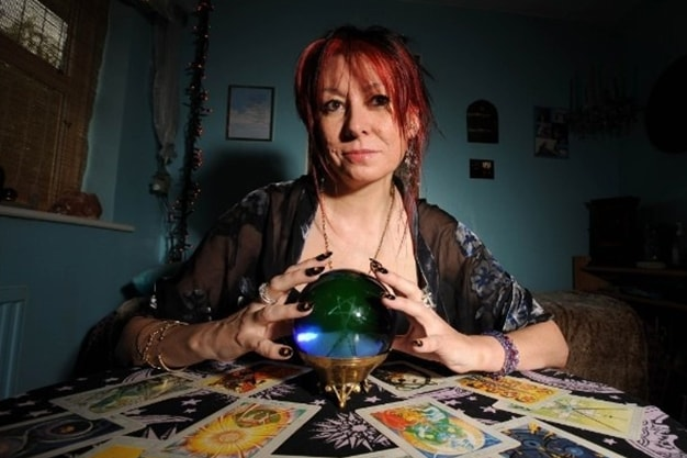 Tarot Divination: A Glimpse into the Future