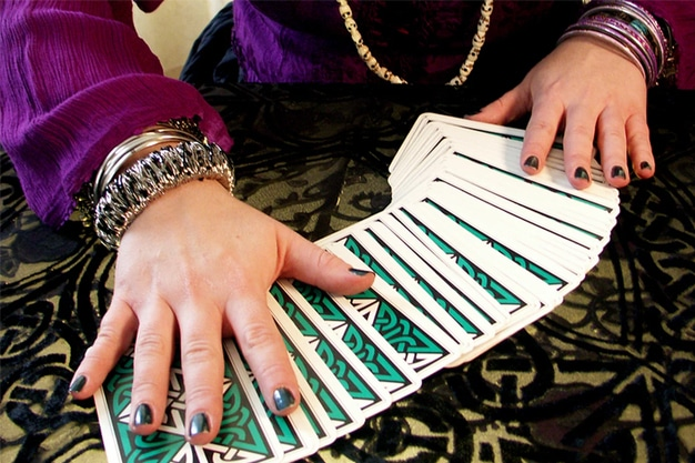 A Tarot Card Spread: The Key to Your Question