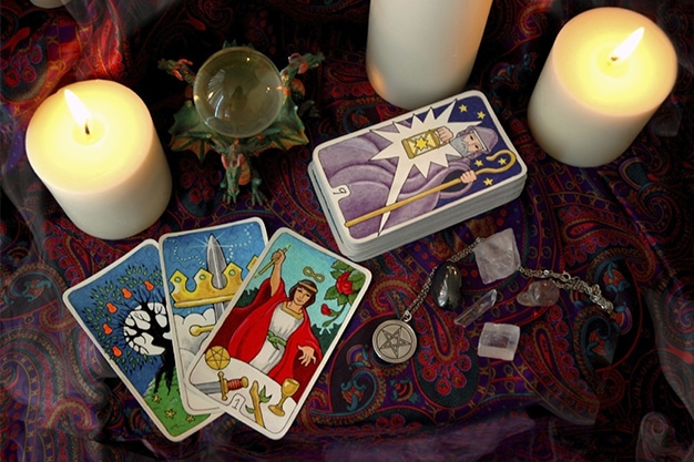 Beginner's Guide to Tarot Card Readings
