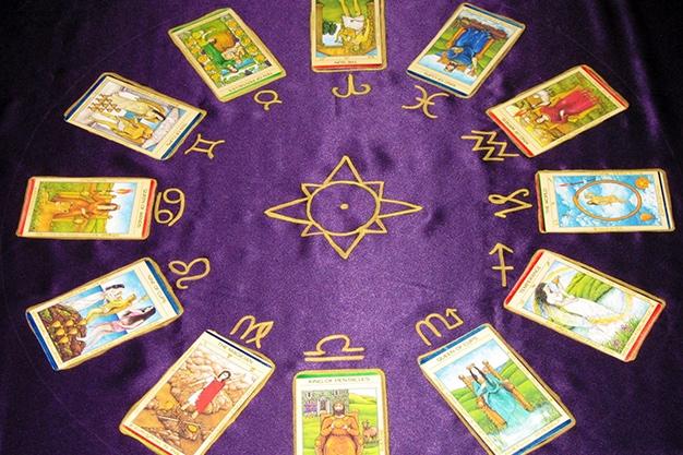Your Zodiac Archetype in Tarot Revealed