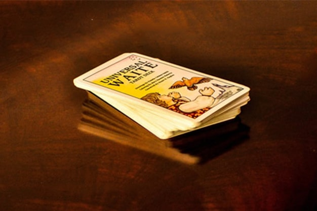 How To Find Affordable Tarot Card Decks